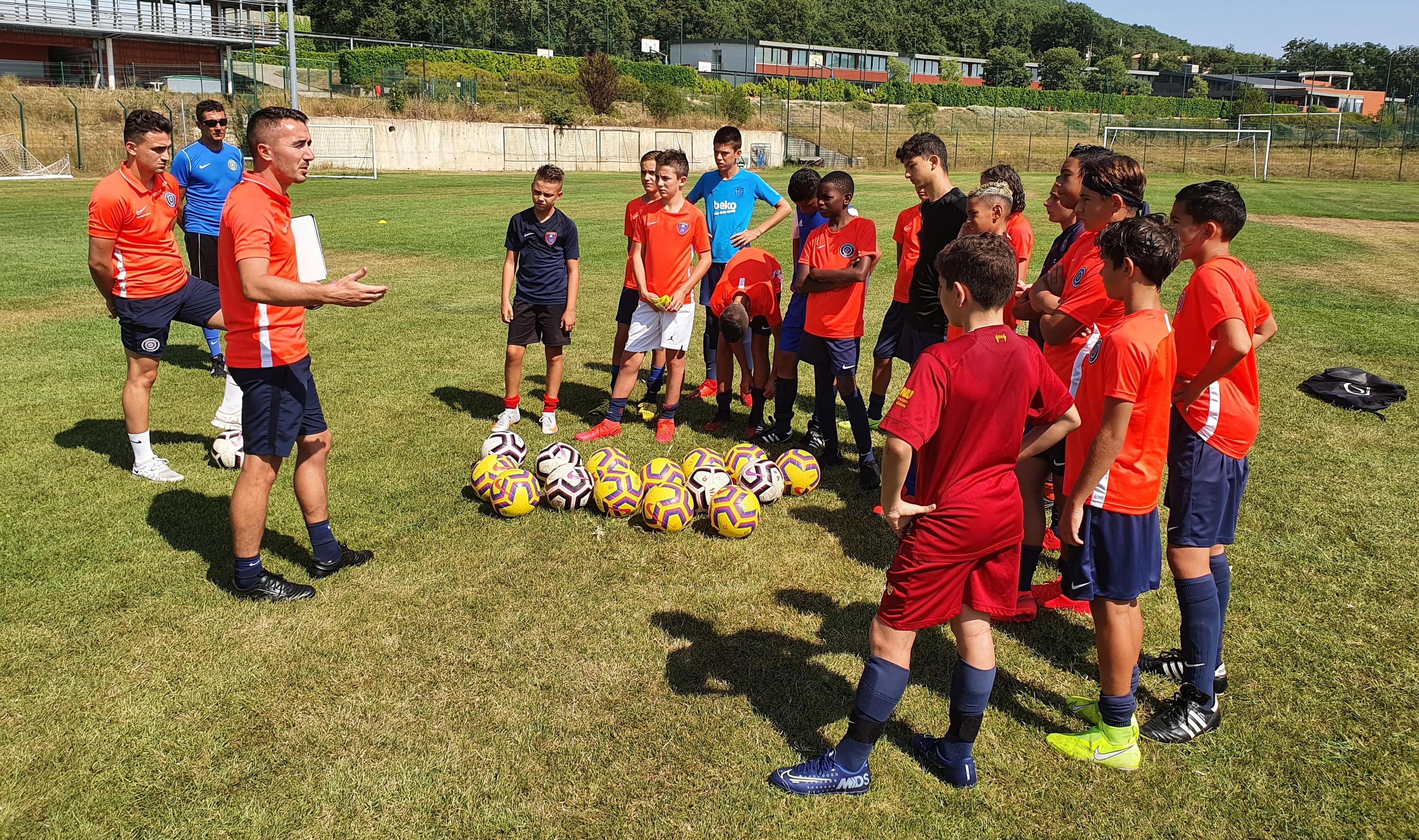 Les U14 R d'Adrien Enguent en stage de pré-saison à Saint-Vallier-de-Thiey