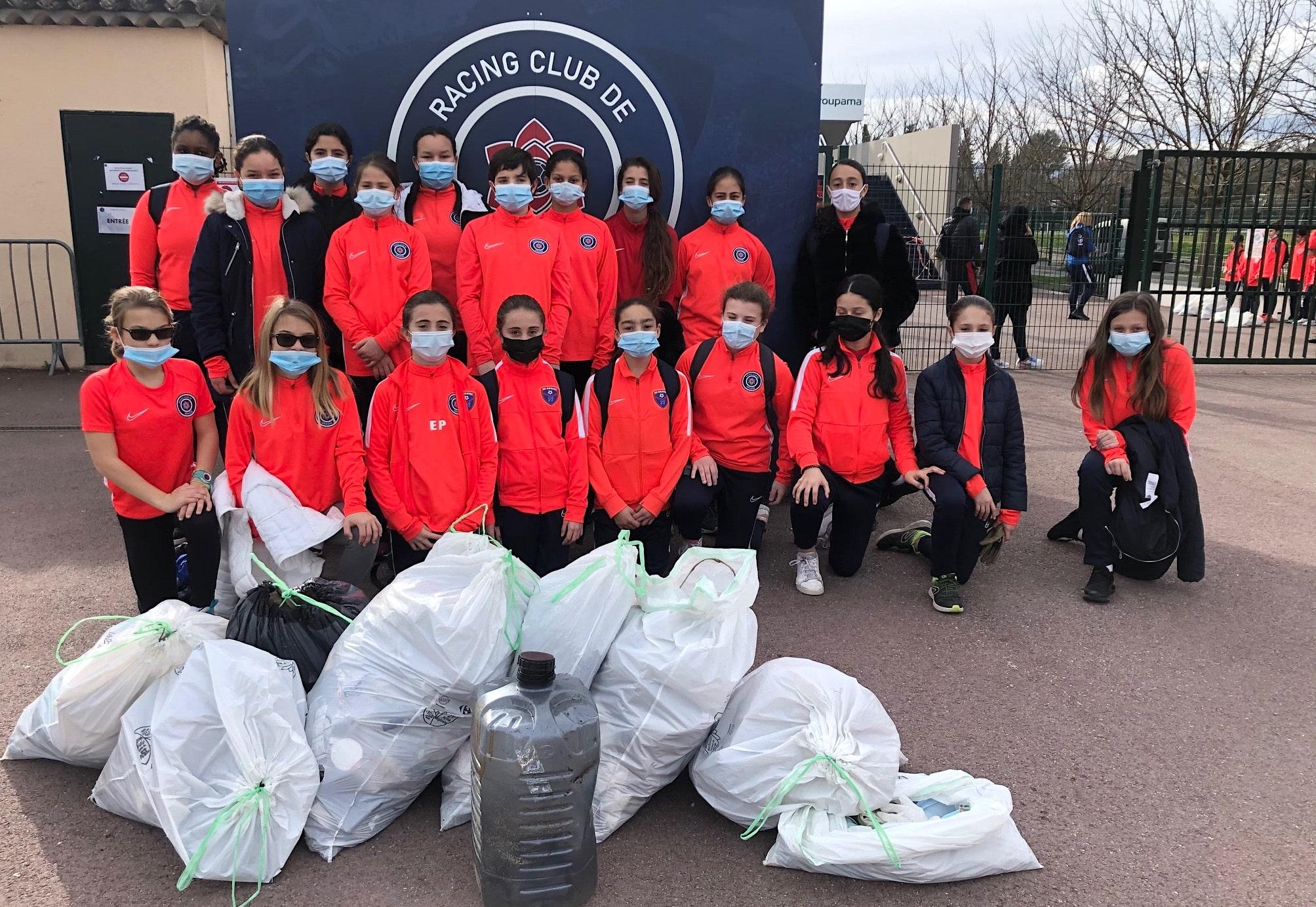 La section féminine du RC Grasse lance son action éco-citoyenne
